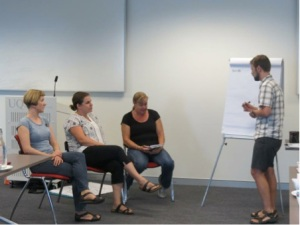 José helps brainstorming experts in one of our workshop simulation sessions